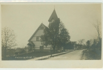 South Acton Universalist Church in the early 1900s (AML archives 74.16.1m)